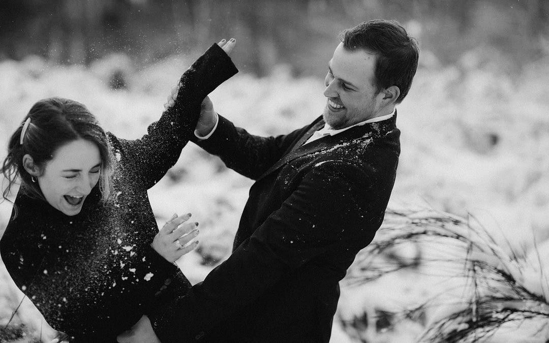 Laura & Michiel: een koppelshoot in de sneeuw