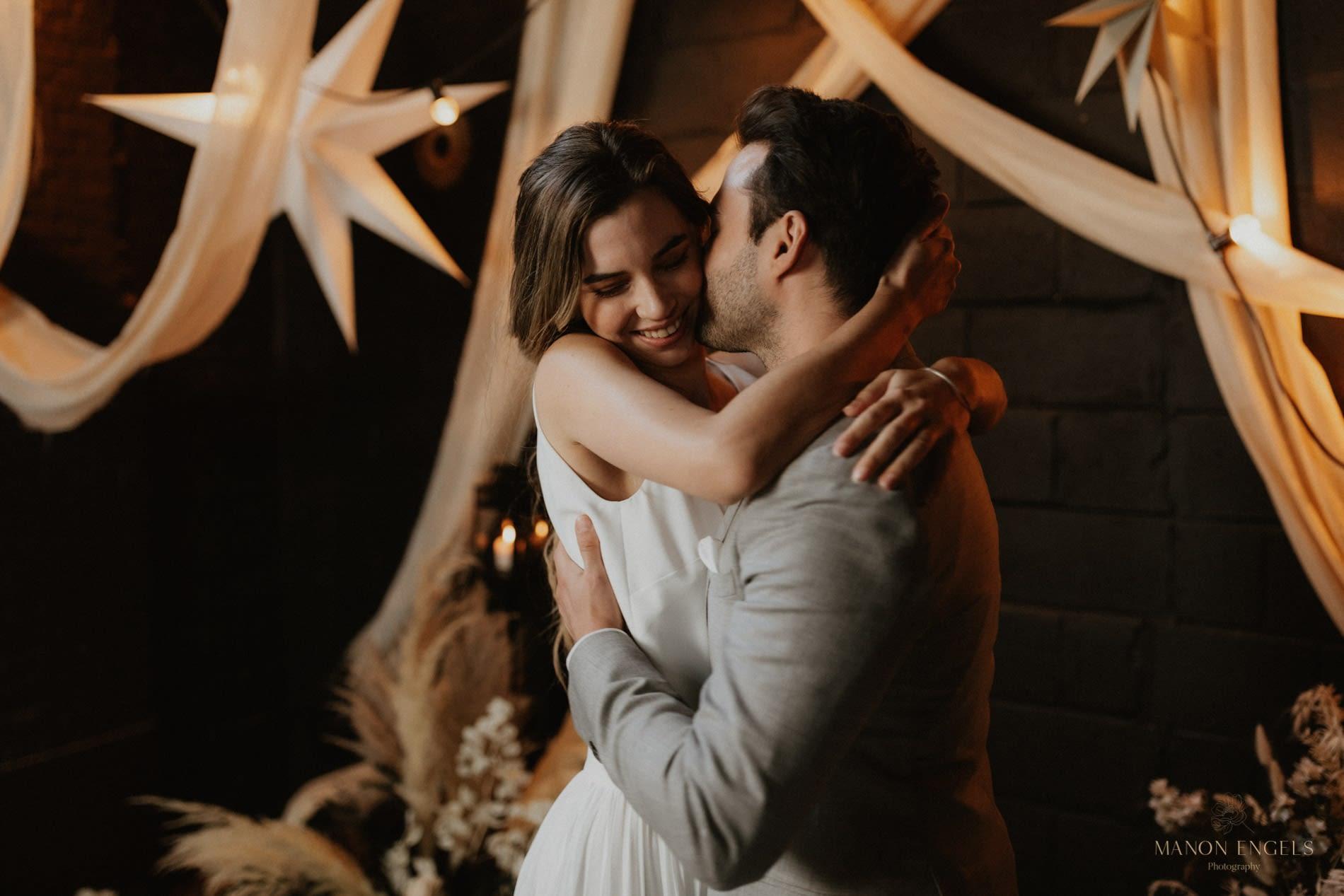 Persoonlijke trouwceremonie, persoonlijke trouwgeloften, trouwfotografie